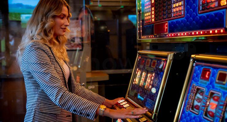 Hoe vaak betaalt een gokkast uit?